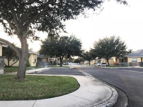 1530 W Hall Acres Road #1D Photo 1