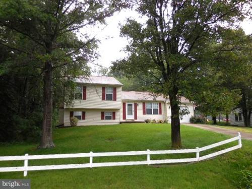4 Melanie Hollow Lane Photo 1