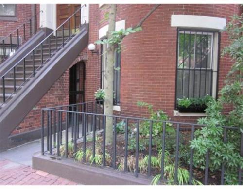 216 W Canton Street #1 Photo 1