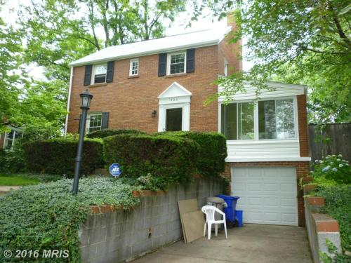 405 Brewster Ave Photo 1