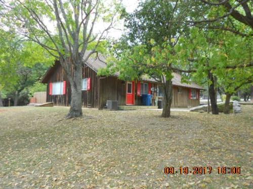 322 Westway Dr Photo 1