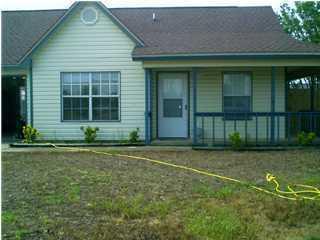2289 Estate Circle Photo 1
