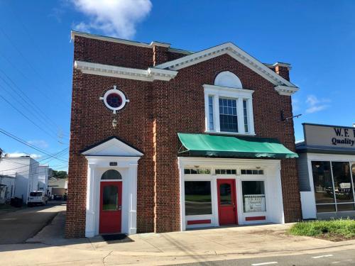 15 E Church Street Photo 1