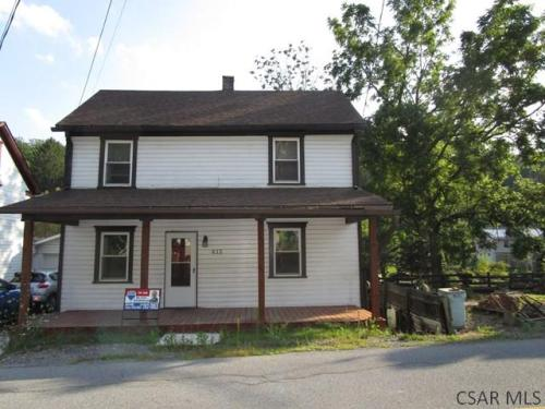 412 Sell St Photo 1