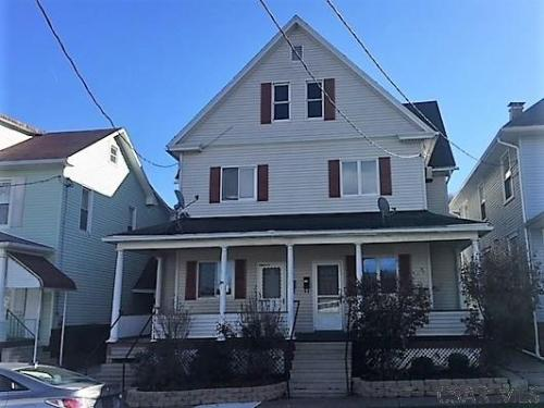 650 Grove Avenue Photo 1