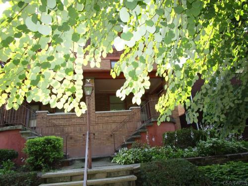 342 Highland Avenue Photo 1