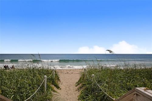 9650 S Ocean Dr Photo 1