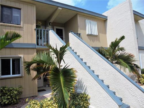 1510 NE 12th Terrace #E16 Photo 1