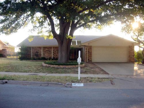 1612 Ridgemont Drive Wichita Falls Tx 76309 Apartments For Near Midwestern State University From 399