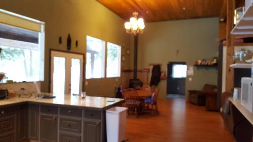 4561 Deer Valley Road Floor 1 Photo 1