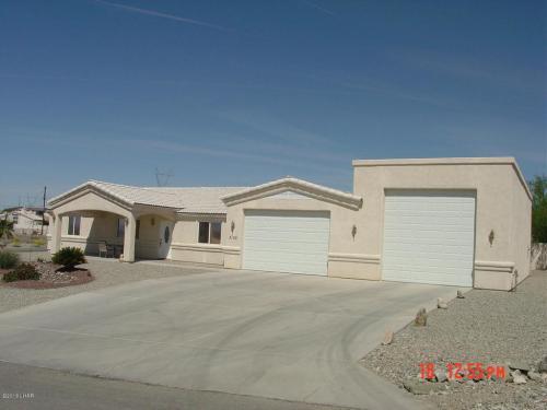 3105 Desert Palm Drive Photo 1