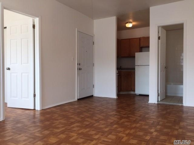 218 17 Jamaica Ave Apt 2f Queens Village Ny 11428 Hotpads