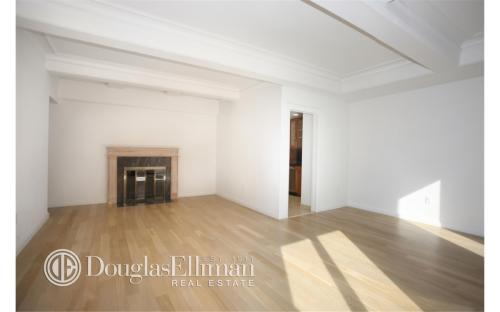 101 W 55th Street 2BD Photo 1