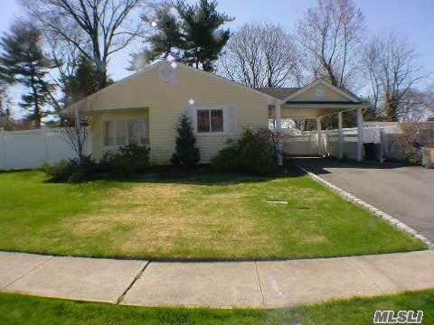 102 Southwood Circle Photo 1