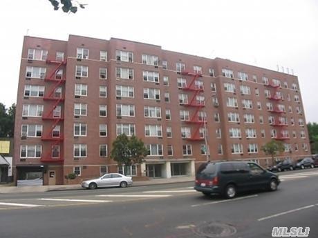 91-50 195th Street Photo 1
