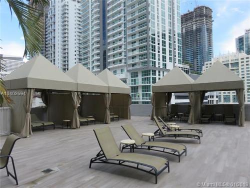 1250 S Miami Avenue Photo 1