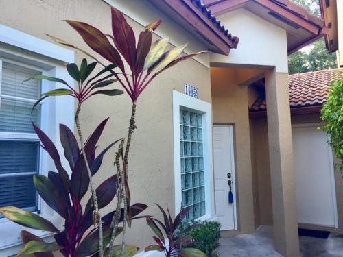 16059 Emerald Cove Road Photo 1