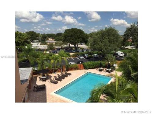 2160 SW 16th Ave #420 Photo 1