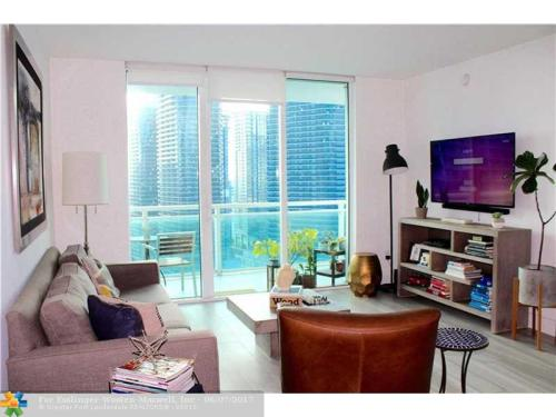 951 Brickell Avenue Photo 1