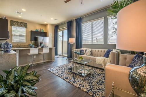 Avilla Premier - Luxury Leased Homes Photo 1