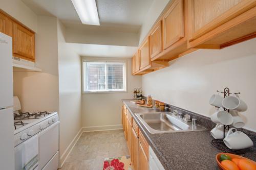 Avenue Apartments Photo 1