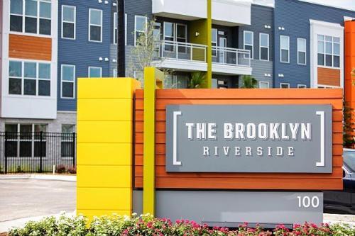 The Brooklyn Riverside Photo 1