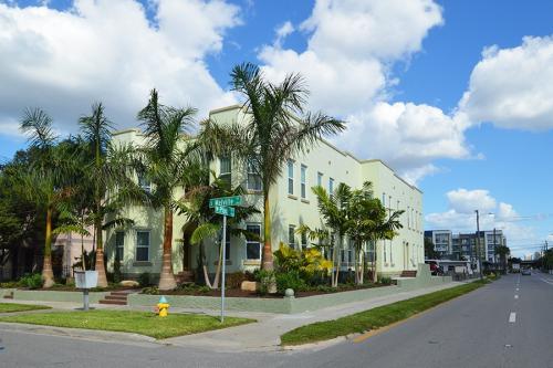 224 South Melville Avenue Photo 1