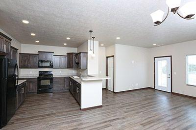 Sunburst Townhomes Photo 1