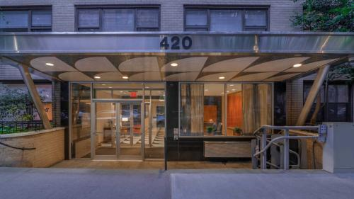 420 East 80th Street Photo 1