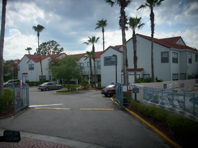 2536 Woodgate Boulevard Photo 1