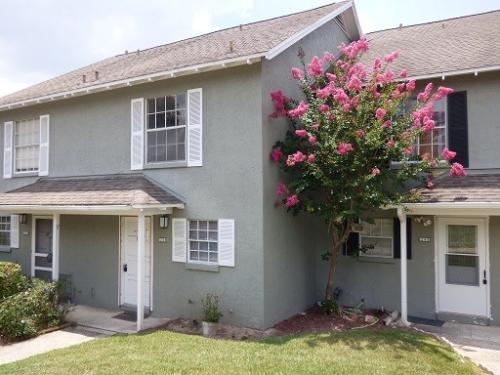 1246 Villa Lane 148 Photo 1