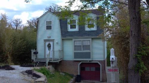 1511 Greentree Road Pittsburgh Pa 15220 Photo 1