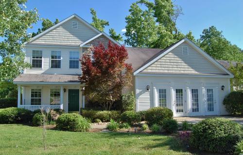 3101 Sawyers Mill Drive Photo 1