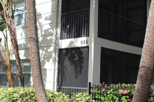 555 3rd Street N #3 Photo 1