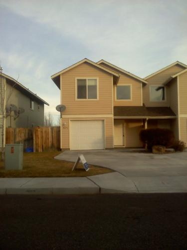 3075 SW Obsidian Lane Photo 1