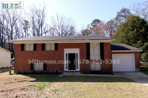 1349 Heather Circle Photo 1