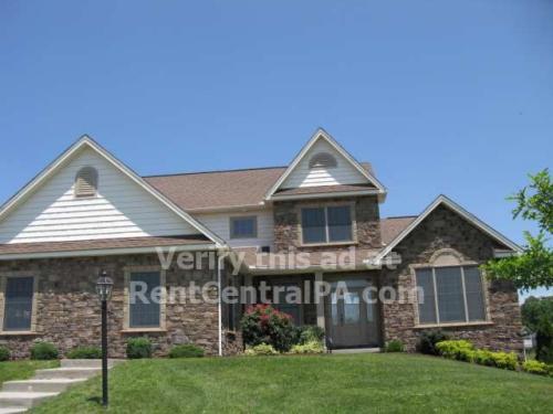 6305 Maiden Creek Drive Photo 1