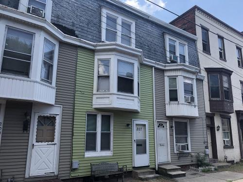 207 Briggs Street Photo 1