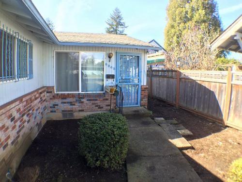 6345 SE 52nd Ave Photo 1