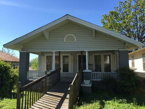 1509 4th Ave W Photo 1