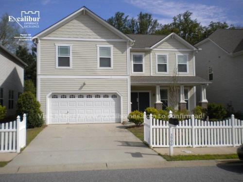 3906 Carriage House Dr Photo 1