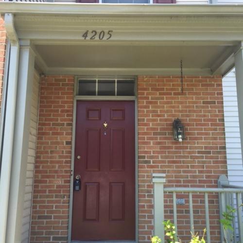 4205 Devonwood Way Photo 1