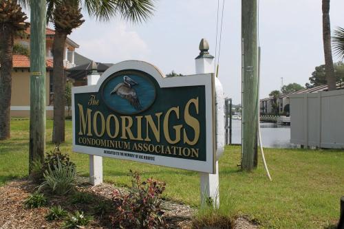 357 Moorings Cove Drive Photo 1