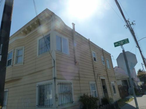 3804 E12th Street #04 Photo 1