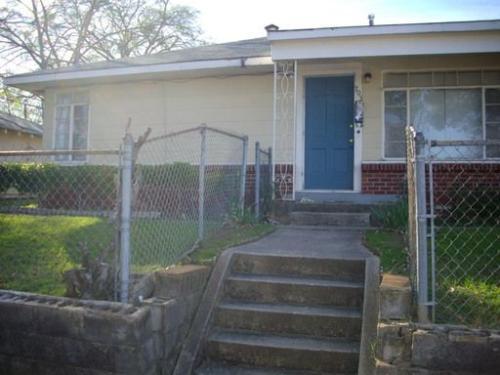703 Gladstone Boulevard Photo 1