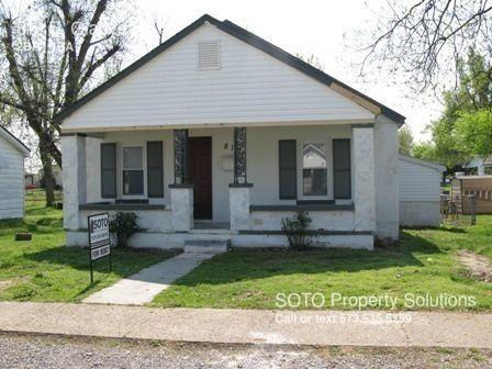 819 E Gladys Street Photo 1