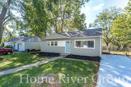 806 N 80 Terrace Photo 1