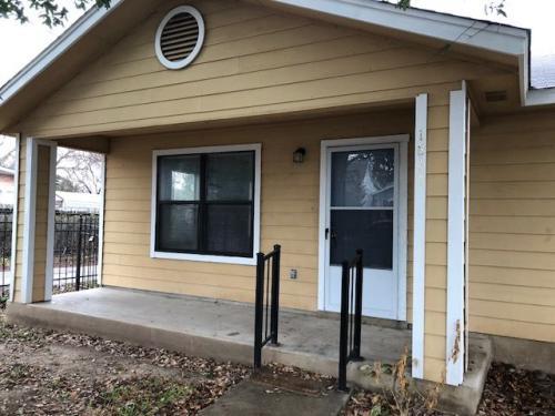 1811 W Travis Street Photo 1