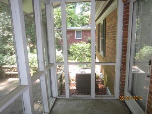 2808 Chestnut Street Photo 1
