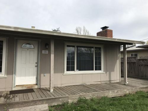 620 Brookwood Avenue Photo 1